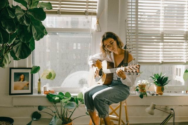 aprender tocar guitarra